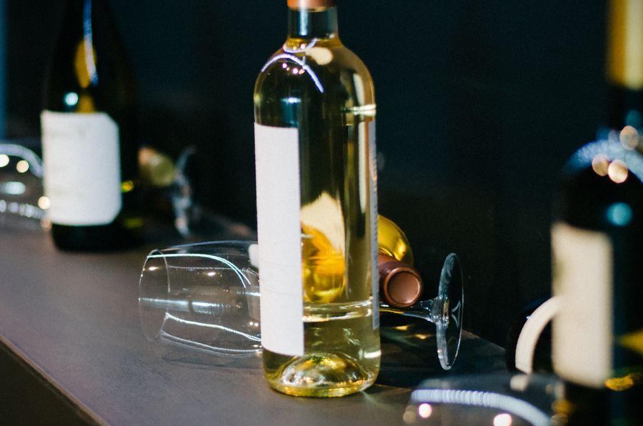 por que las botellas de vino tienen la base hundida